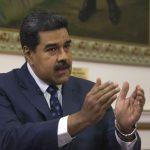 Maduro cierra frontera terrestre con Brasil y evalúa situación en Colombia
